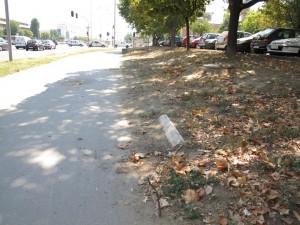 Neočišćen trotoar